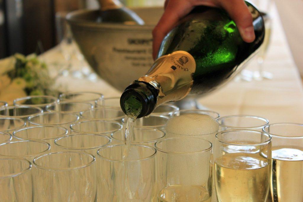 Comment organiser une fête d'anniversaire surprise (réussie) en 6 étapes !