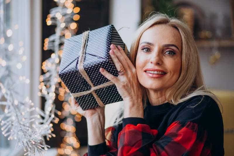 Choisir un cadeau à une femme de 50 ans