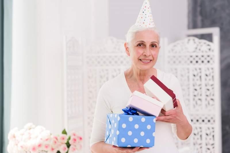 Quel cadeau faire à une femme de 70 ans ?