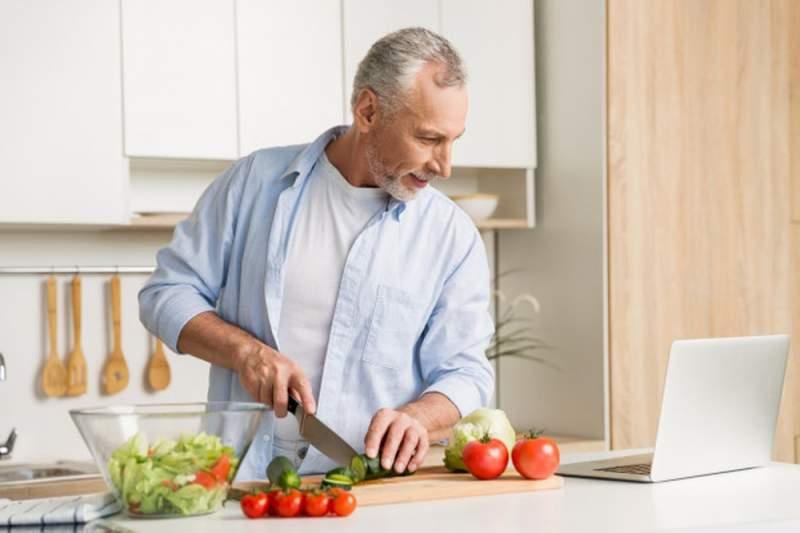 Une bonne idée de cadeau pour un homme qui aime cuisiner