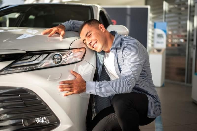 Quelle idée cadeau pour un homme qui aime les voitures ?