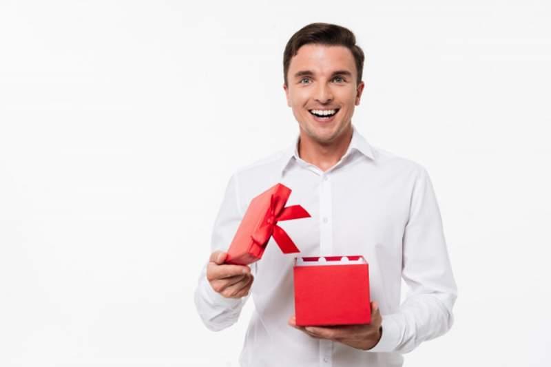 Quel petit cadeau prévoir pour un homme ?