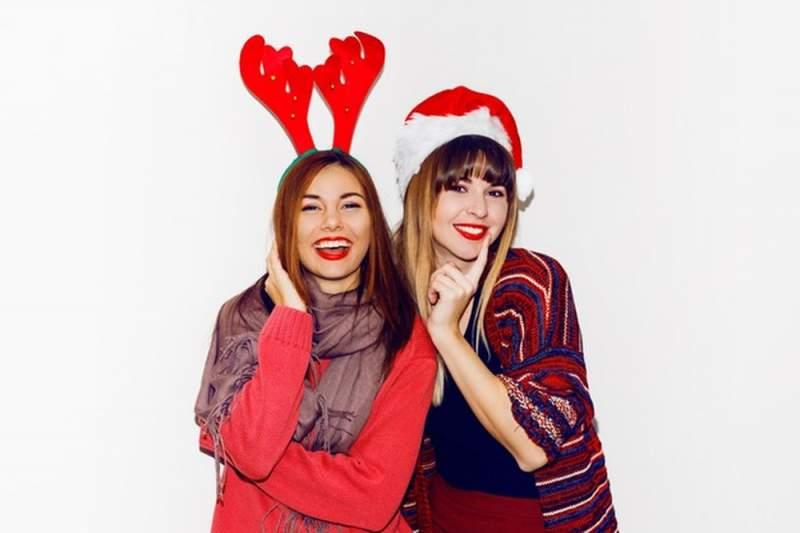 Quel cadeau offrir à sa meilleure amie pour Noël : tous nos bons plans !