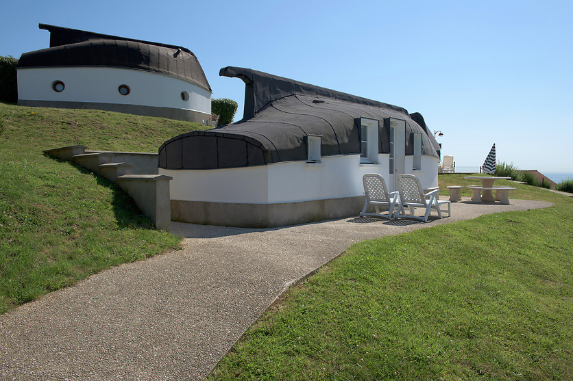 nuit insolite pour 2 au camping la falaise equihen plage 62 wonderbox. Black Bedroom Furniture Sets. Home Design Ideas