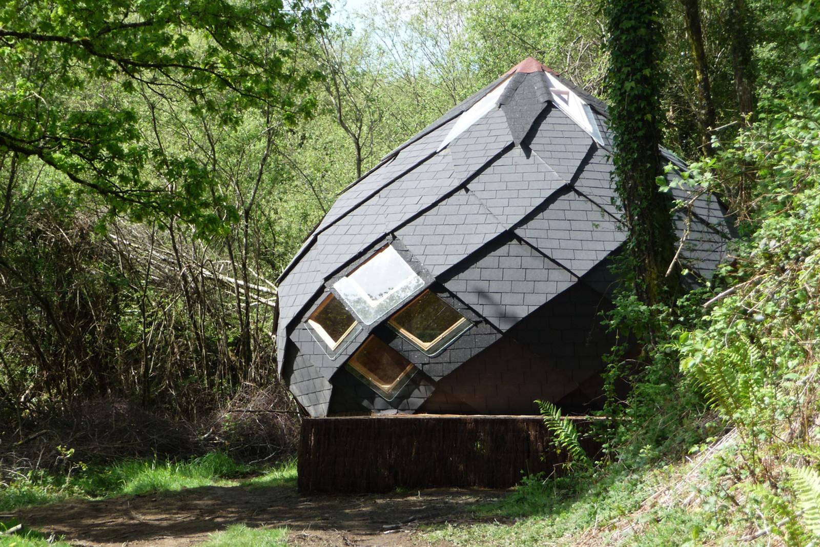 s jour pour 2 en zome aux insolites des feuillardiers cussac 87 wonderbox. Black Bedroom Furniture Sets. Home Design Ideas