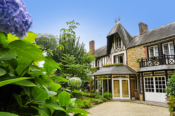 Hotel The Originals Le Manoir du Lys - photo 0