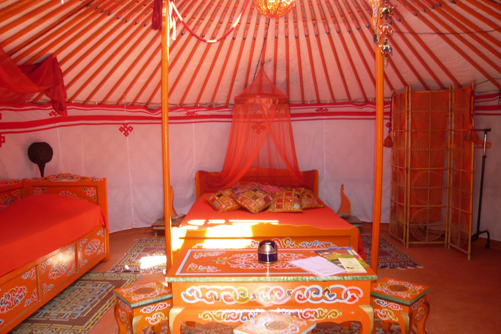 S jour pour 2 au soleil mongol sorede 66 wonderbox - Wonderbox sejour prestige table d hotes ...