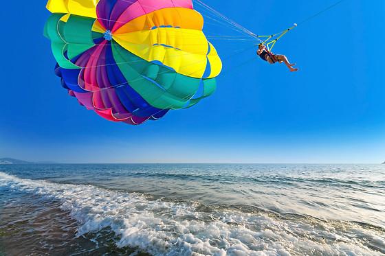 saut en parachute juan les pins
