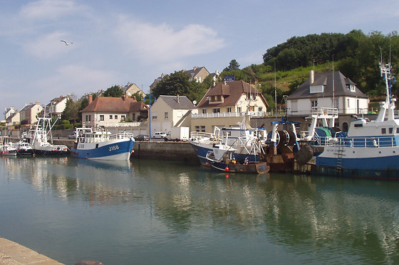 S jour en famille chez cabosses et coquillages port en bessin huppain 14 wonderbox - Poissonnerie port en bessin ...