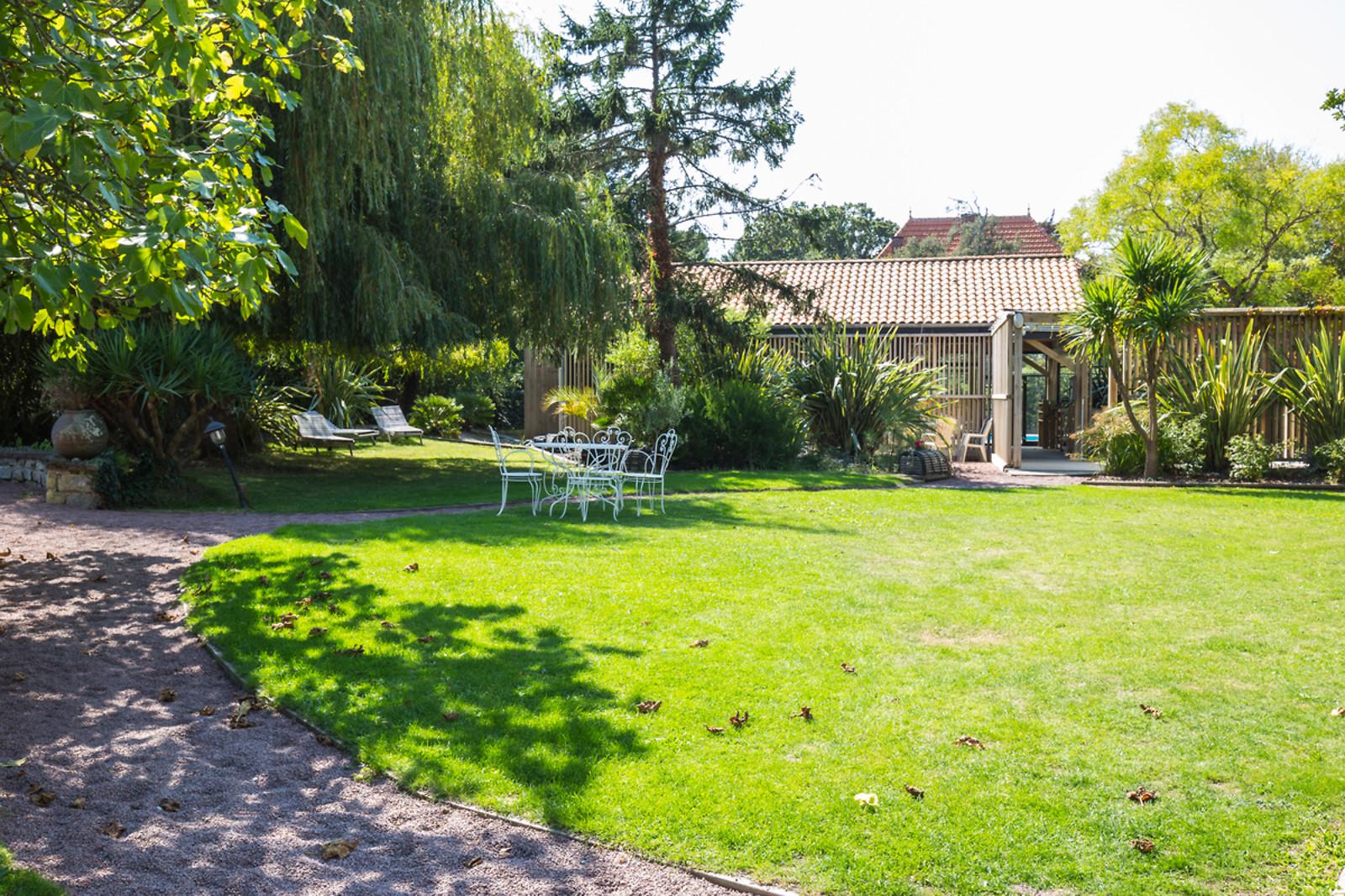 S jour d tente pour 2 l 39 h tel saint paul - Petit jardin hotel san juan saint paul ...