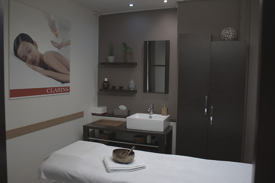 Massage du dos à l'Institut Forme & Beauté à Binche (Hainaut) - photo 0