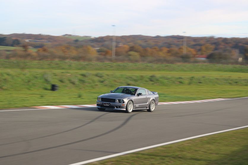 Pilotage d'une Ford Mustang Saleen - Almacar - Circuit de Mornay (23) - photo 2