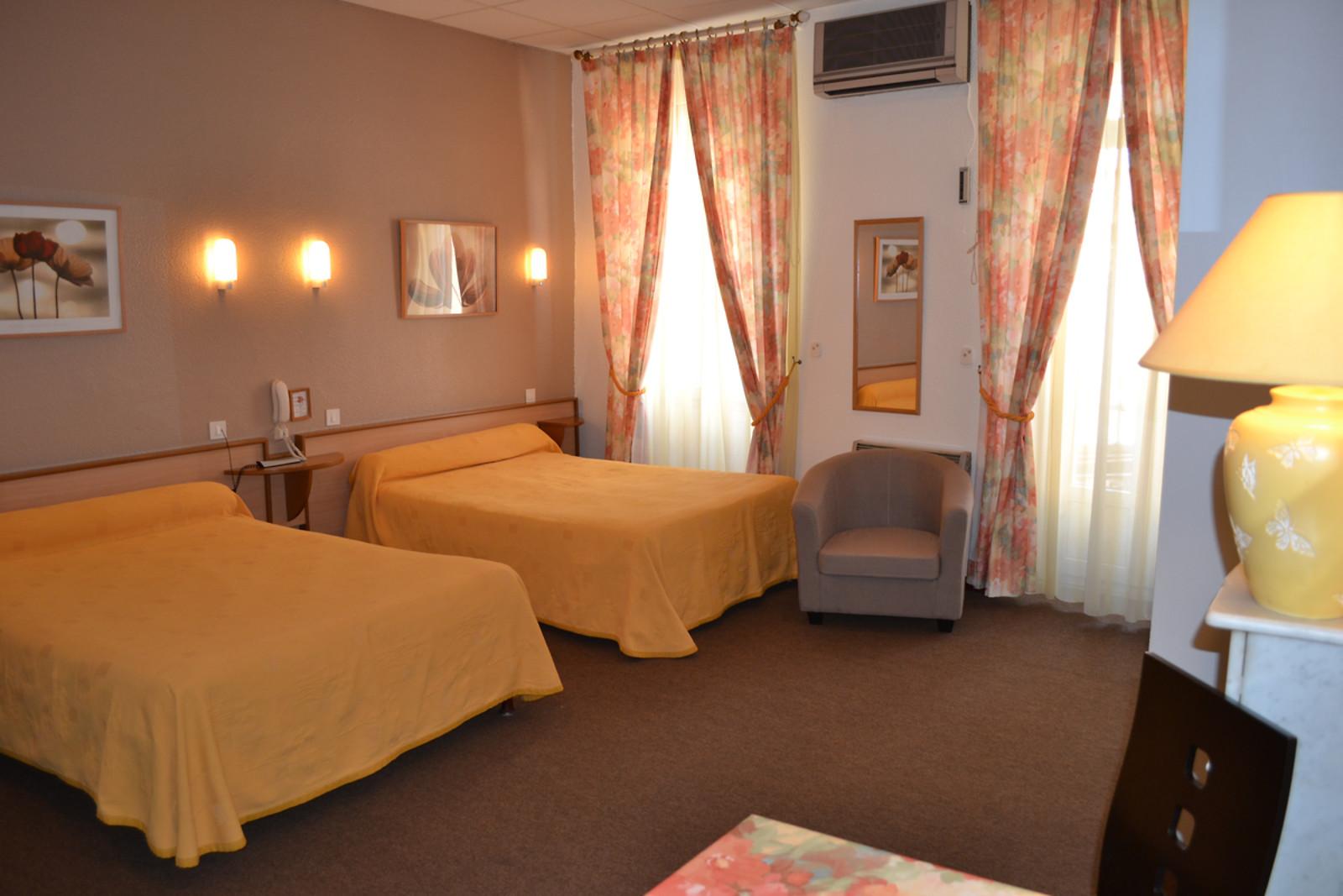 Nuit pour 2 l 39 h tel d 39 angleterre salon de provence 13 wonderbox - Hotel d angleterre salon de provence ...
