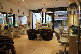 Shampoing, soin, coupe, brushing chez Harmonie Coiffure à Pontoise (95)
