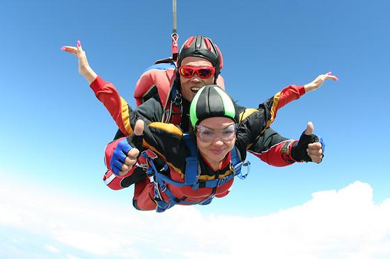 saut en parachute 93