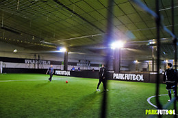 Location d'un terrain de foot en groupe - Le park - Noisy-le-Grand (93)