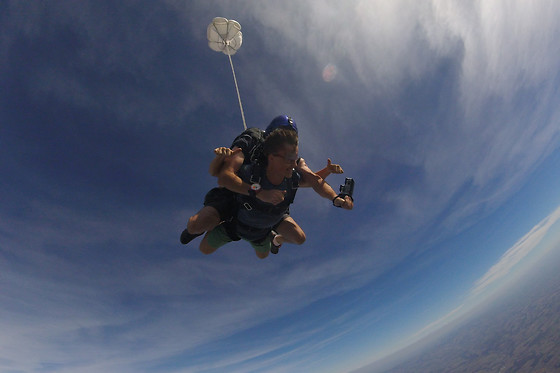 saut en parachute saint yan