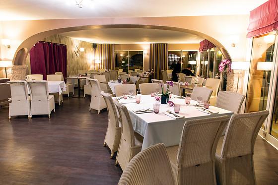 Repas Pour 2  U00e0 L U0026 39 Hostellerie De L U0026 39 Abbaye Au Thoronet  83