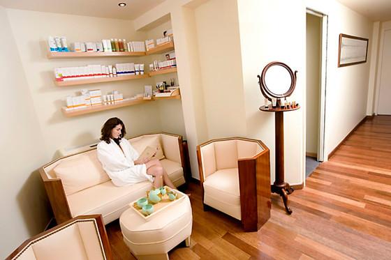 instants relaxants pour 2 l 39 h tel ville d 39 hiver spa arcachon 33 wonderbox. Black Bedroom Furniture Sets. Home Design Ideas
