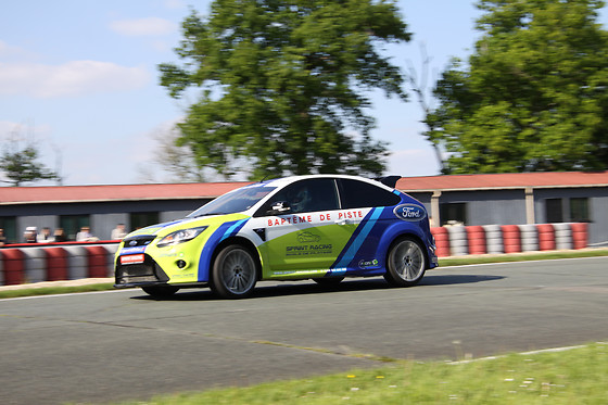 Baptême passager en Ford Focus - Sprint Racing - Circuit Michelin de Ladoux (63) - photo 1