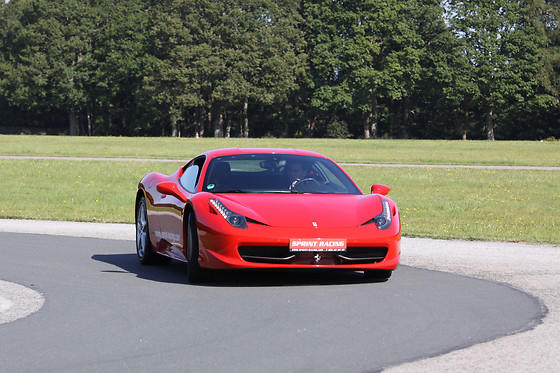 Pilotage de la Ferrari F458 Italia - Sprint Racing - Circuit des Ecuyers (02) - photo 0