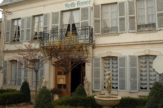 Vieille France - photo 1