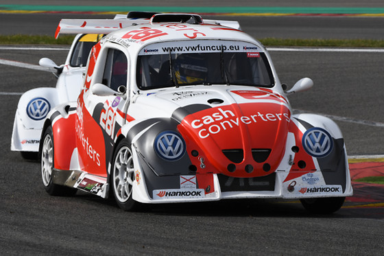 Pilotage sur circuit en VW Funcup - AC Motorsport - Stavelot (Liège) - photo 2
