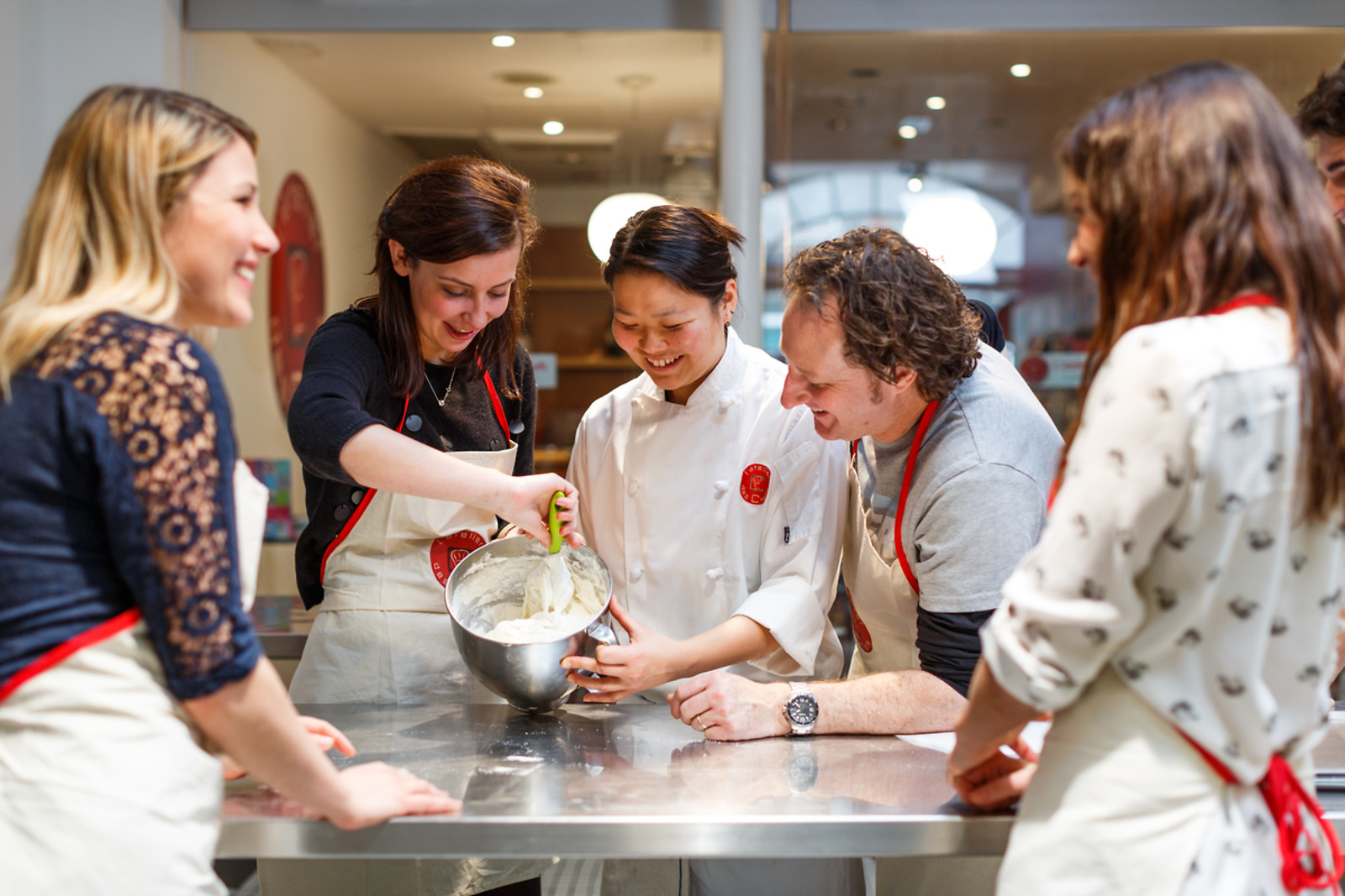 Un cours de cuisine l 39 atelier des chefs strasbourg 67 - Cours cuisine strasbourg ...