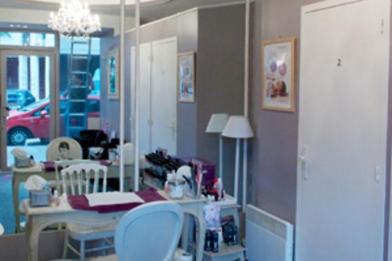 manucure flash chez bulle de beaut paris 16e 75 wonderbox. Black Bedroom Furniture Sets. Home Design Ideas