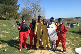 Paintball - Action Aventura y Paintball - Arroyo (Espagne)