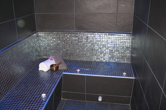 Manucure au Lounge Spa Urbain à Challans (85) - photo 1