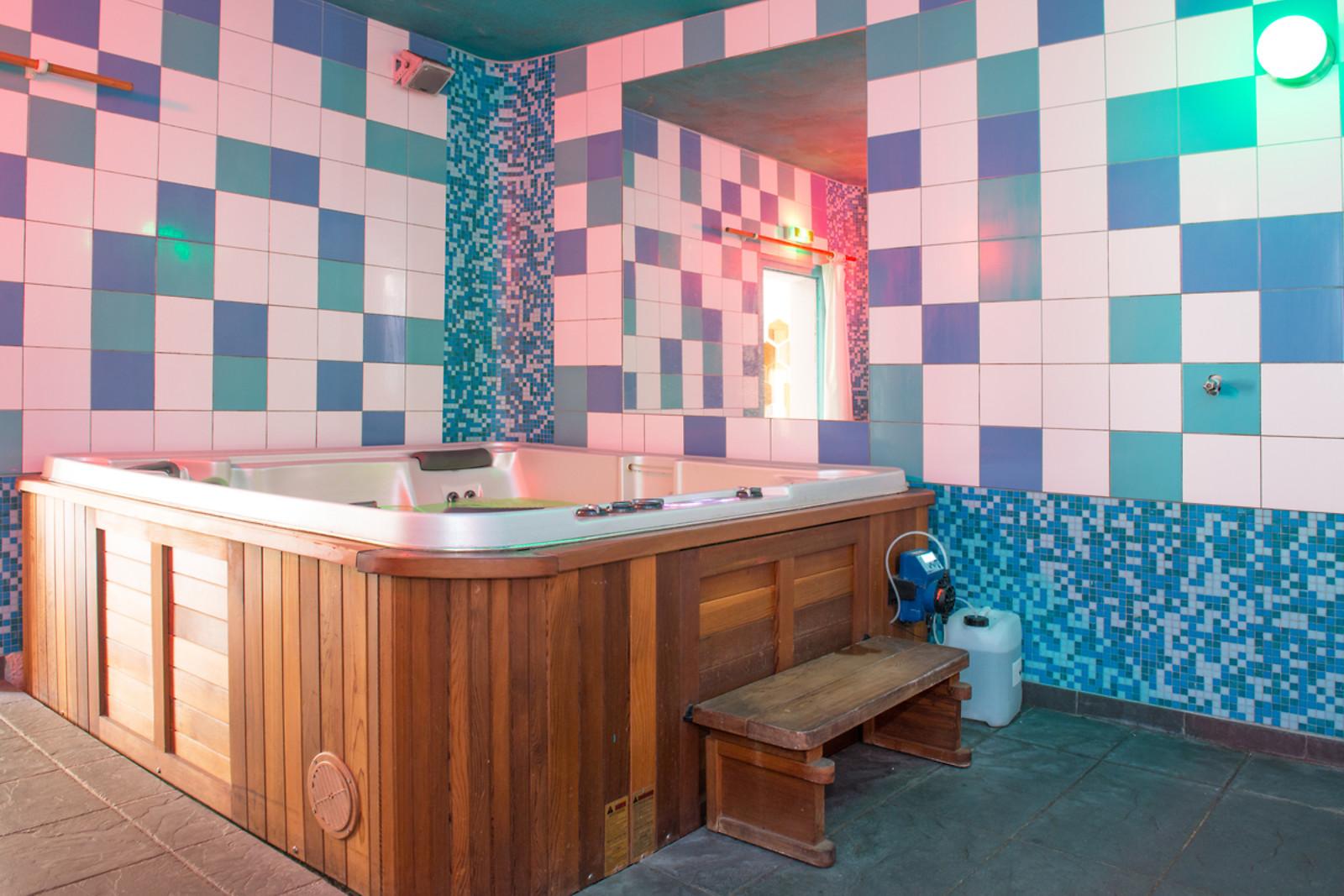 s ance de hammam et de spa l institut du ch teau pont l 39 abb 29 wonderbox. Black Bedroom Furniture Sets. Home Design Ideas