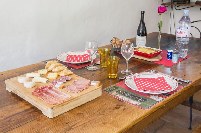 s jour gourmand pour 2 aux roses tr mi res saint andr de rosans 05 wonderbox. Black Bedroom Furniture Sets. Home Design Ideas