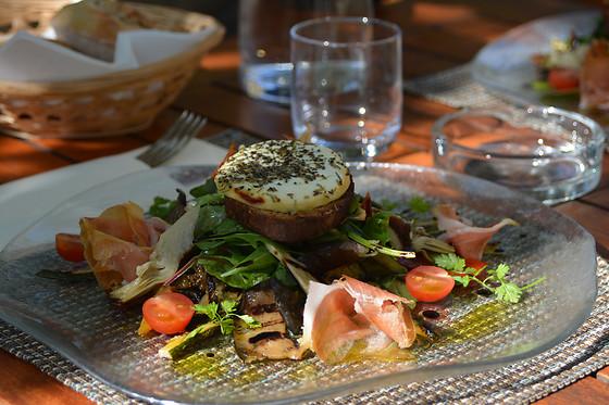 Repas pour 2 la villa borghese gr oux les bains 04 for Wonderbox cuisine