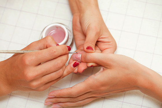 Manucure au Lounge Spa Urbain à Challans (85) - photo 0