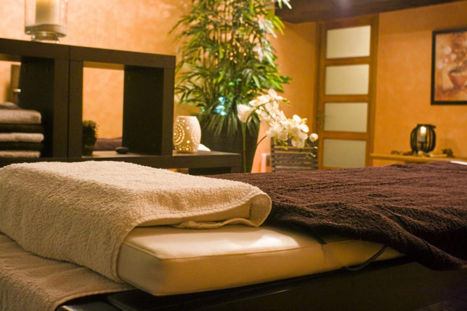modelage relaxant pour 2 au spa cnaturel villefranche 69 wonderbox. Black Bedroom Furniture Sets. Home Design Ideas