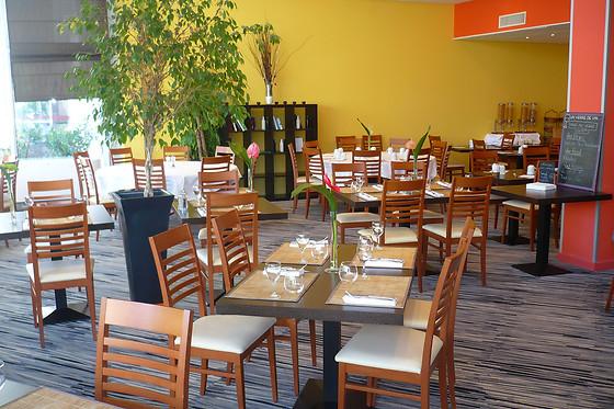 Repas en duo au restaurant de l 39 holiday inn de clermont - Bistro venitien clermont ferrand ...