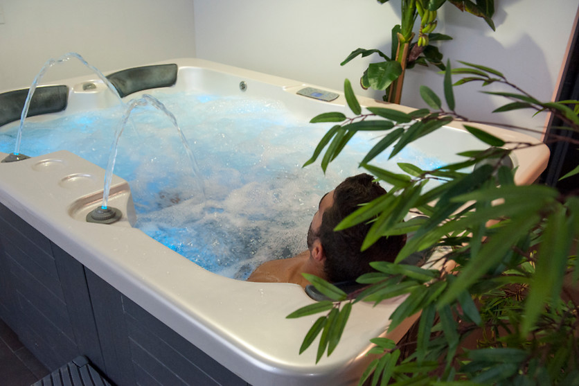 Modelage et jacuzzi au Suite & Spa No Idem à Nîmes (30) - photo 0