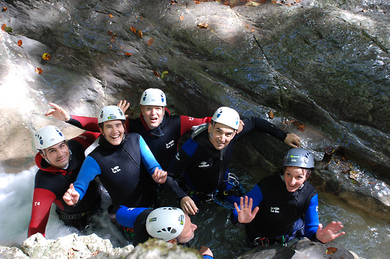 Session de canyoning - Takamaka Annecy - Annecy (74) - photo 2