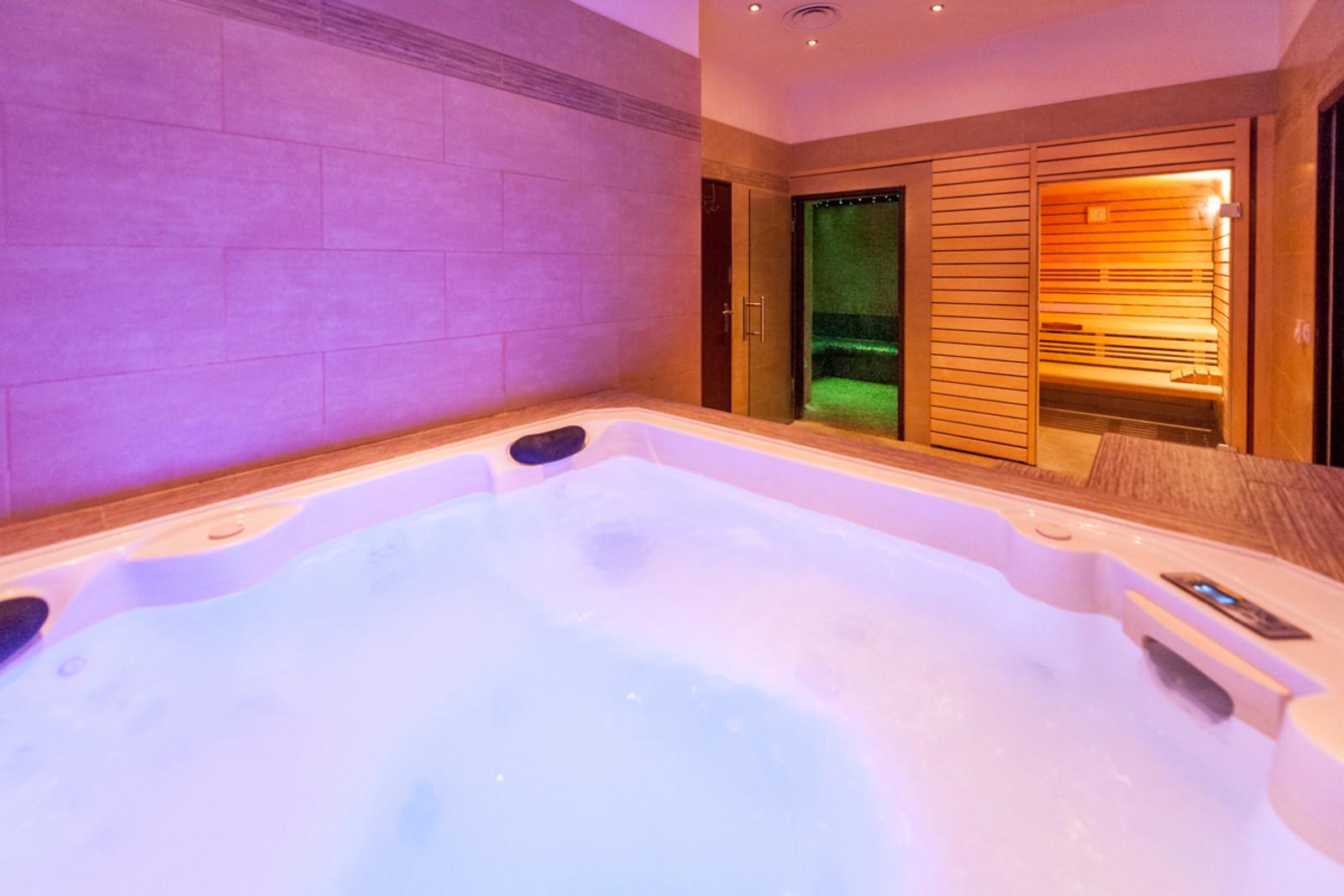 spa et soin du visage pour 2 chez torii spa montpellier 34 wonderbox. Black Bedroom Furniture Sets. Home Design Ideas