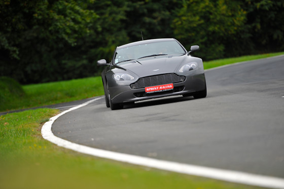 Pilotage d'une Aston Martin Vantage - Sprint Racing - Circuit de Folembray (02) - photo 1