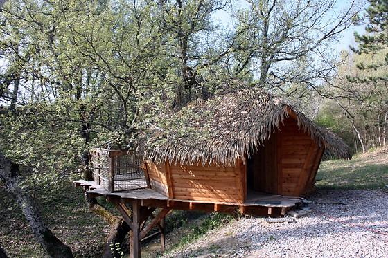 s jour 2 en cabane aux maisons de chante oiseau sigonce 04 wonderbox. Black Bedroom Furniture Sets. Home Design Ideas
