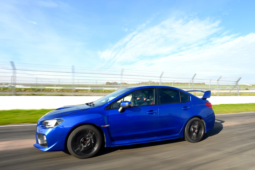 Pilotage de la Subaru WRX STI - Sprint Racing - Circuit d'Abbeville (80) - photo 3