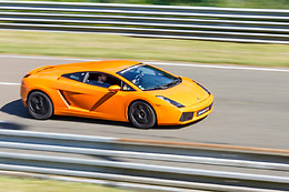 Pilotage de la Lamborghini LP560 - Sprint Racing - Circuit de Nevers Magny-Cours (58)