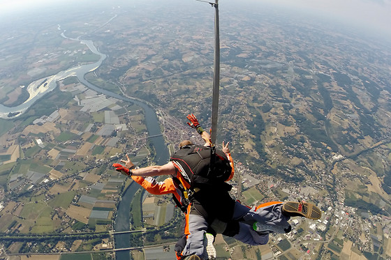 Parachutisme Occitan - photo 1