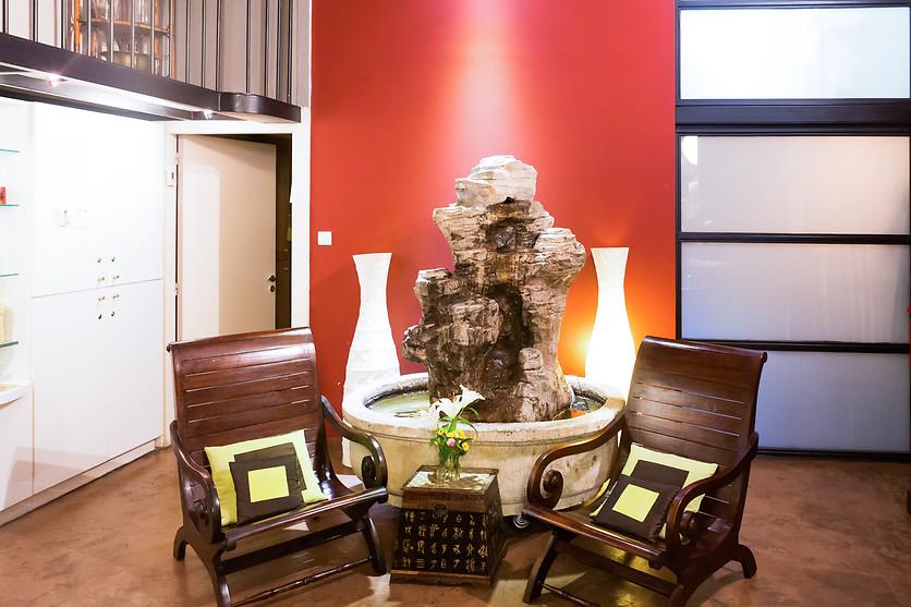 s ance d 39 hydrojets et acc s au bar oxyg ne de l 39 espace. Black Bedroom Furniture Sets. Home Design Ideas